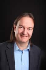 R. Altmannshofer