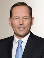 Thomas Wessel, Mitglied des Vorstands von Evonik, ist stolz auf die neue GuD-Anlage im Chemiepark Marl. Bild: Evonik