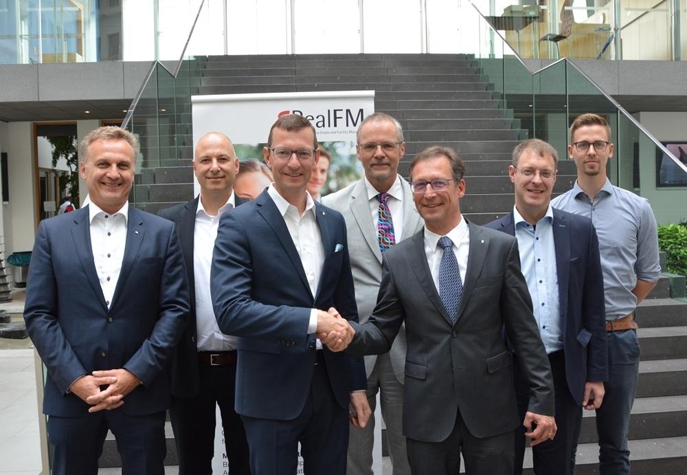 Heinrich Quaderer, Jochen Wiener, Dirk Otto, Jörg Petri, Thomas Knoepfle, Robert Paul, Danilo Schön (v.l.)