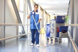 """Der """"Internationale Tag der Putzfrau"""" fordert mehr Anerkennung für die Arbeit des Reinigungspersonals. Foto: KDS"""