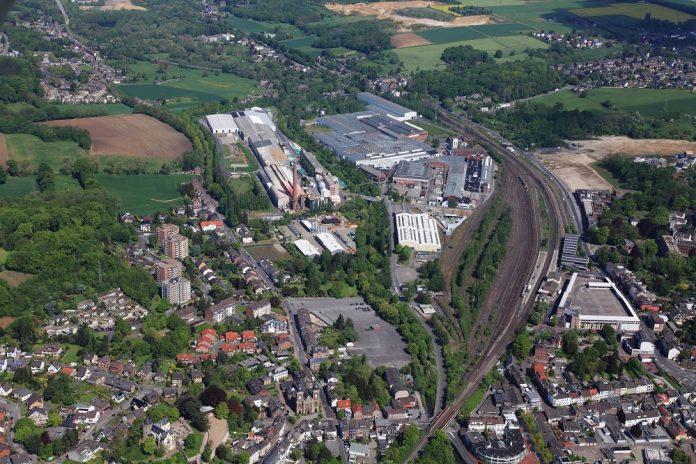 Luftbild des Werks in Herzogenrath. Bild: Saint-Gobain Sekurit