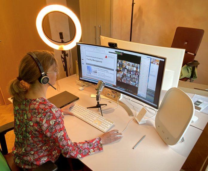 Das virtuelle Büro von Prof. Bahr.