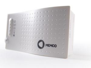 Avire DCP ist ein EN81-28-konformes Kommunikationssystem für bis zu vier Aufzüge und vereint GSM-Gateway, Notruftelefon und M2M-Gateway in einem Gerät. (Quelle: Avire)