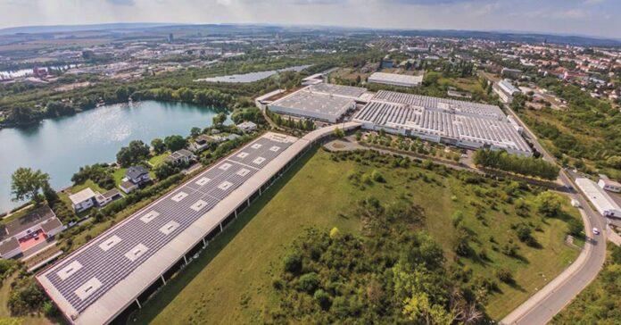 Piepenbrock übernimmt die Reinigung bei Feuer Powertrain in Nordhausen. Bild: FEUER Powertrain GmbH & Co. KG