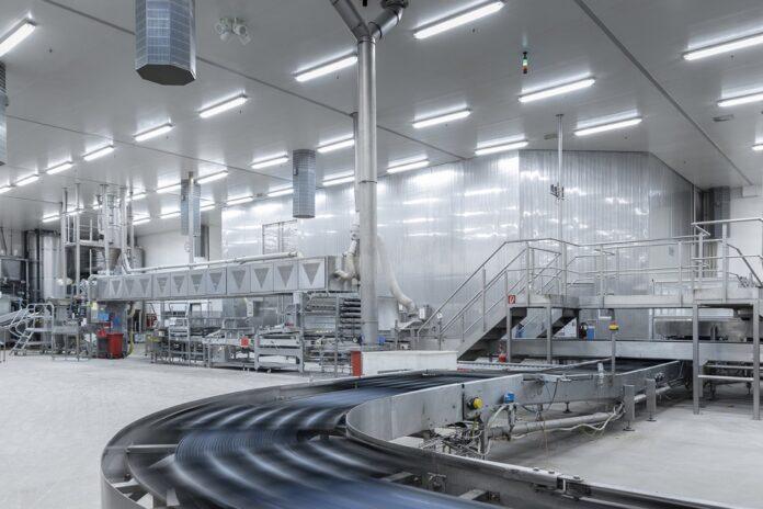 Dussmann und die Deutsche Lichtmiete gehen Kooperation ein. Bild: Deutsche Lichtmiete AG